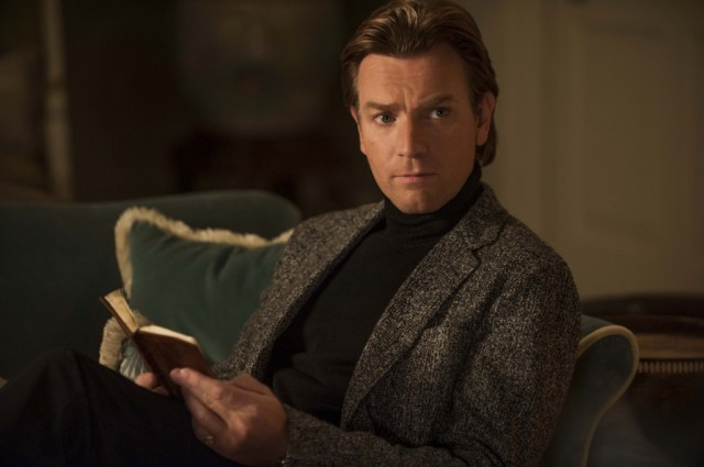 Ewan-Mc-Gregor-in-Mortdecai