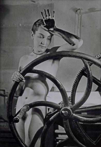 11-m-ray_erotique-voilc%cc%a7e_1933